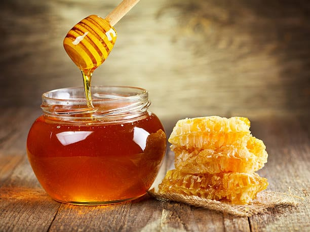 Everything You Need to Know about Honey + Its Health Benefits