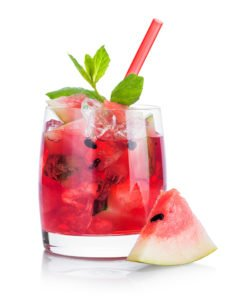 The Benefits of Fruit-Infused Water & Recipes