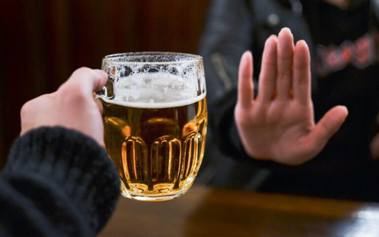 Taking a Break from Alcohol? 5 Tips to Help You Succeed