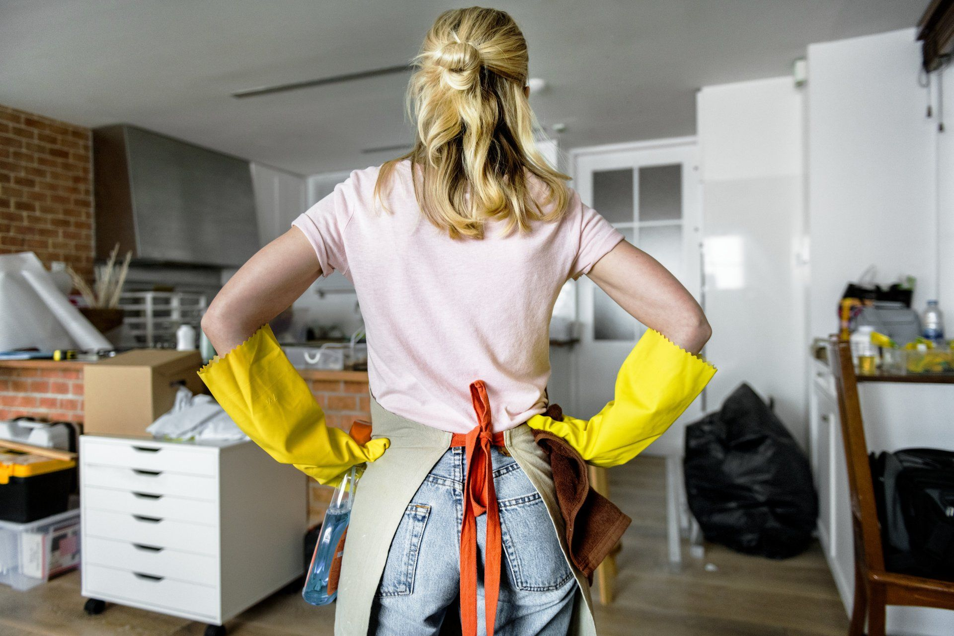 Seven Surprising Health Benefits of Spring Cleaning