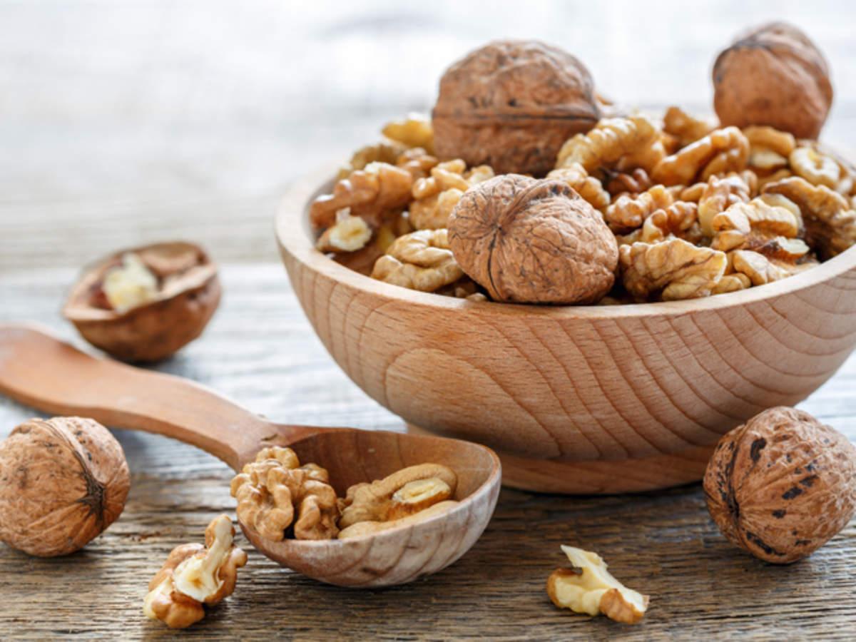 Walnuts Nutrition Helps Both Your Heart & Mood